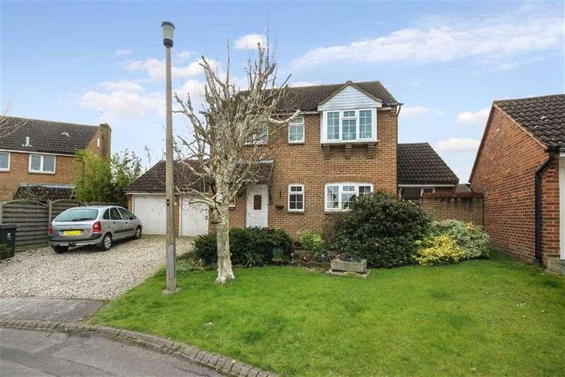 3 Bedrooms Detached House for sale in Bainbridge Close, Grange Park, Swindon