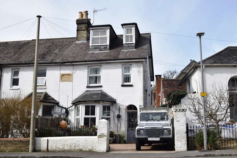 4 Bedrooms Property for sale in Parr Street, Lower Parkstone BH14