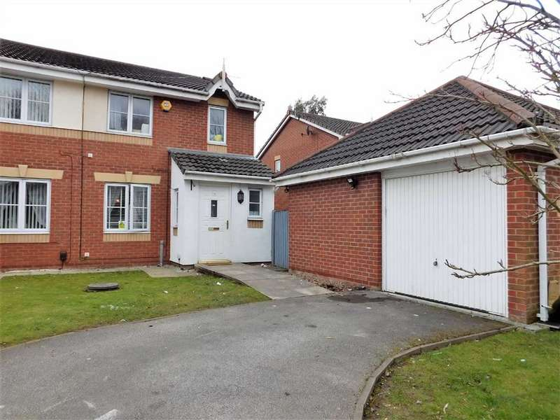 4 Bedrooms Semi Detached House for sale in Newsham Road, Cale Green, Stockport