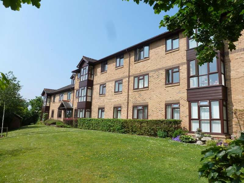 1 Bedroom Apartment Flat for sale in ST CHRISTOPHERS GARDENS , ASCOT SL5