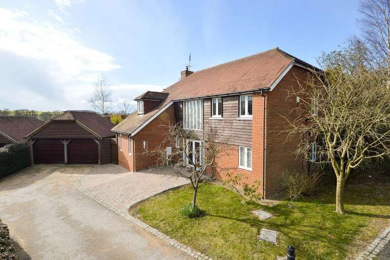 4 Bedrooms Detached House for sale in Sellindge, TN25