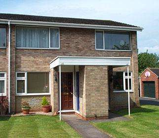 2 Bedrooms Maisonette Flat for rent in Colemeadow Road, Coleshill, West Midlands, B46