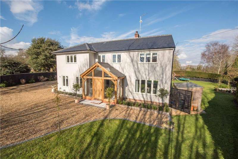 5 Bedrooms Detached House for sale in High Street, Lower Dean, Huntingdon, Bedfordshire