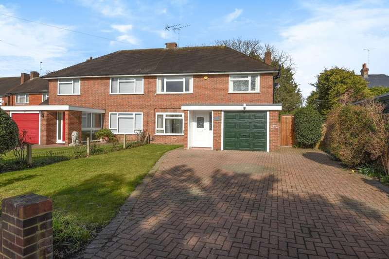 3 Bedrooms House for sale in Broomfield, Lower Sunbury, TW16