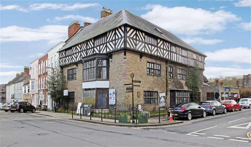 12 Bedrooms Town House for sale in Castle Square, Ludlow, Shropshire