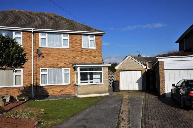 3 Bedrooms Semi Detached House for sale in Wendan Road, Thorne, Doncaster