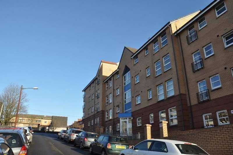 3 Bedrooms Flat for rent in Thornbank Street, Flat 0/2 , Yorkhill , Glasgow , G3 8SU