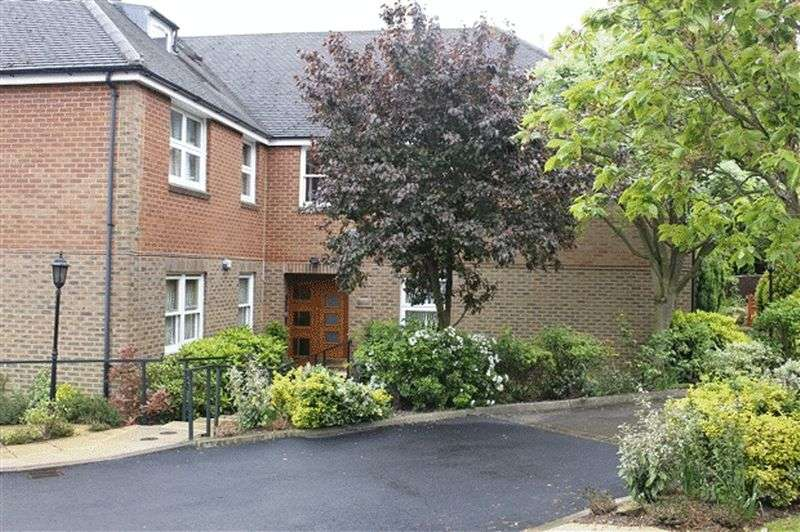 2 Bedrooms Property for sale in Orion Court, Hale Lane, EDGWARE, Middlesex, HA8 8NX