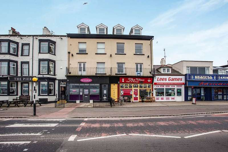 2 Bedrooms Flat for sale in Marine Road Central, Morecambe, LA4