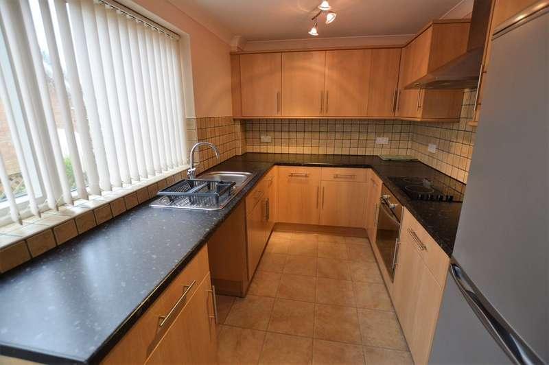 2 Bedrooms Property for rent in Runswick Avenue, Beckfield Lane YO26