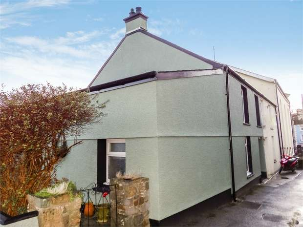 3 Bedrooms Semi Detached House for sale in Tabernacle Row, Narberth, Pembrokeshire