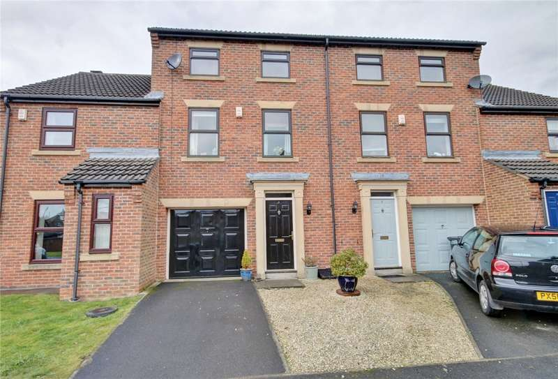 3 Bedrooms Terraced House for sale in Mackintosh Court, Gilesgate, Durham, DH1