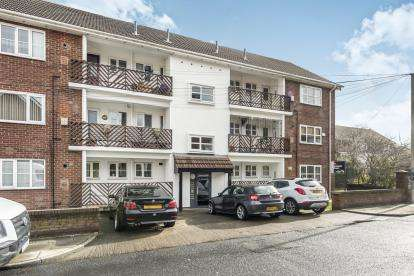 3 Bedrooms Flat for sale in Holland Street, Liverpool, Merseyside, England, L7