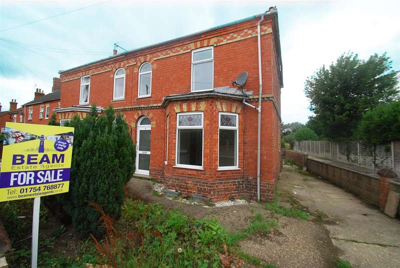 3 Bedrooms Semi Detached House for sale in South End, Hogsthorpe