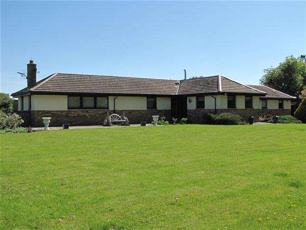 5 Bedrooms Detached House for sale in Lockwood, The Walled Garden, St. Boswells