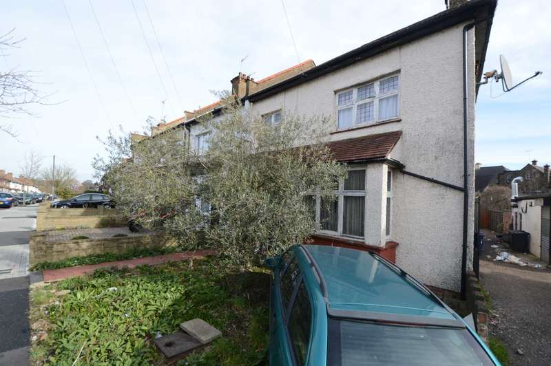 3 Bedrooms End Of Terrace House for sale in Horsham Avenue, London