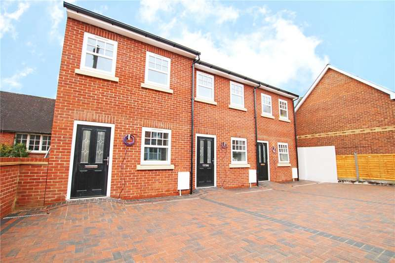 3 Bedrooms End Of Terrace House for rent in Wilson Road, Reading, Berkshire, RG30