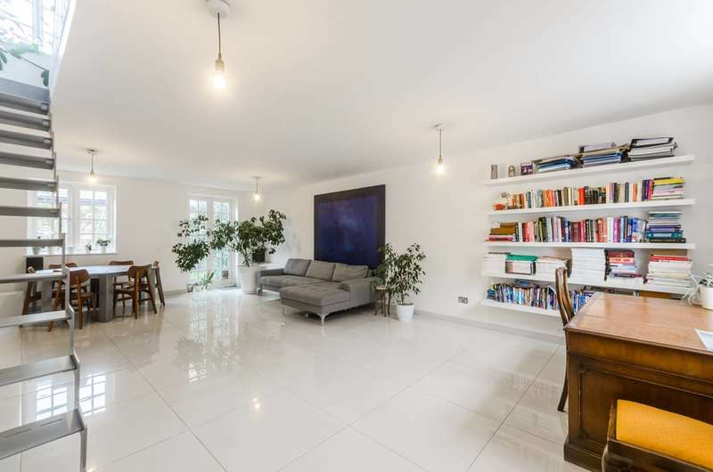 3 Bedrooms House for sale in Whittlesey Street, Waterloo, SE1