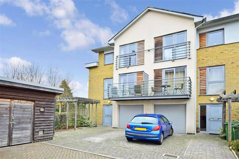 4 Bedrooms Terraced House for sale in Arundel Square, , Maidstone, Kent