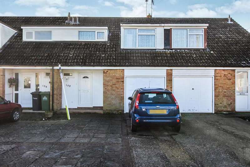 3 Bedrooms Terraced House for sale in Windmill Lane, Cheshunt, Herts EN8