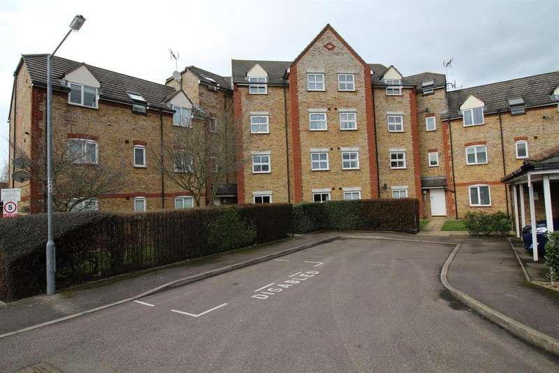 2 Bedrooms Flat for sale in Victoria Gate, Harlow