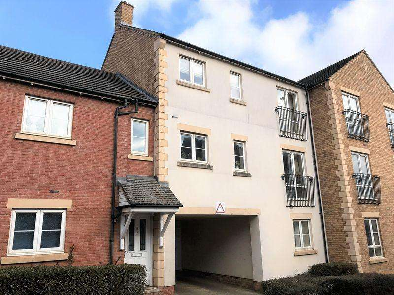 2 Bedrooms Apartment Flat for sale in Rosemary Drive, Banbury