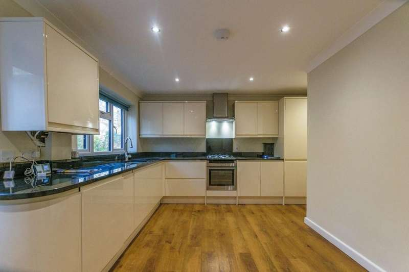 4 Bedrooms End Of Terrace House for rent in Quennells Hill, Wrecclesham