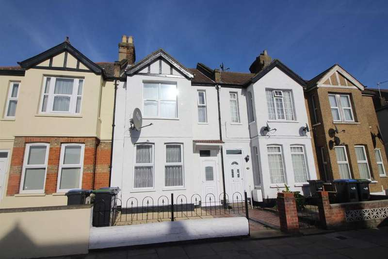 3 Bedrooms Terraced House for sale in Derby Road, Enfield