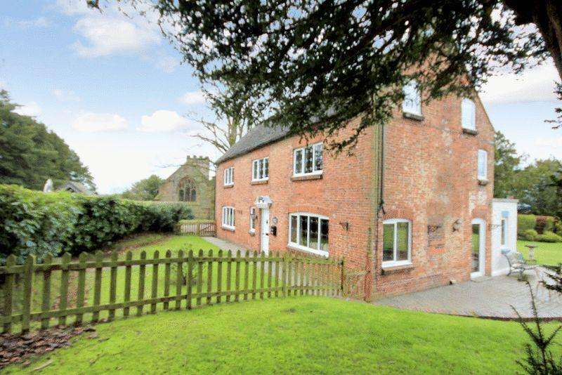 4 Bedrooms Detached House for sale in The Dairy House, Barlaston