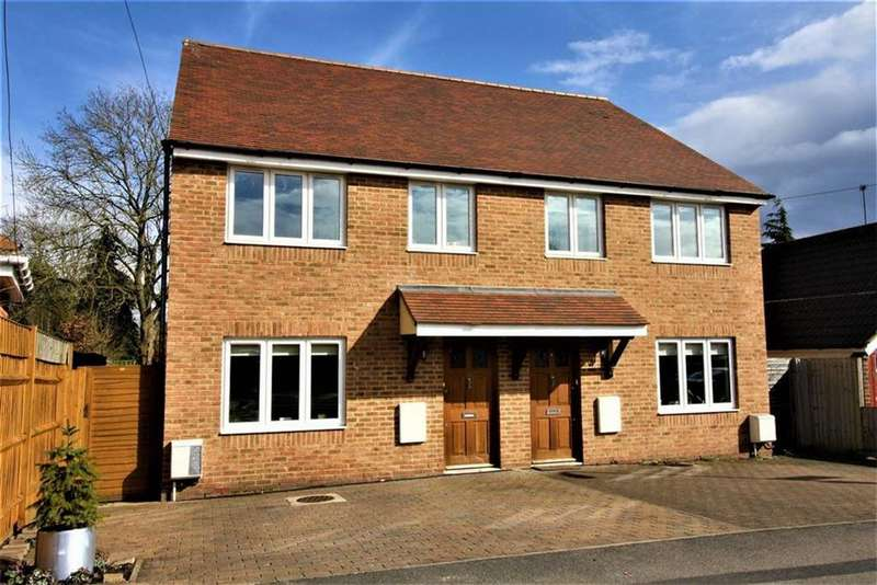 3 Bedrooms Semi Detached House for rent in Lime Grove, Ruislip