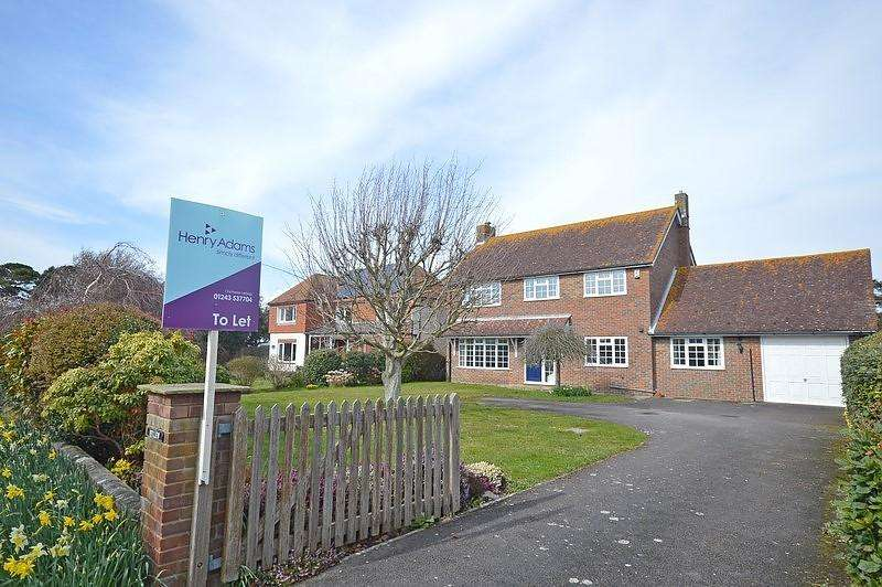 4 Bedrooms Detached House for rent in Seaward Drive, West Wittering, PO20