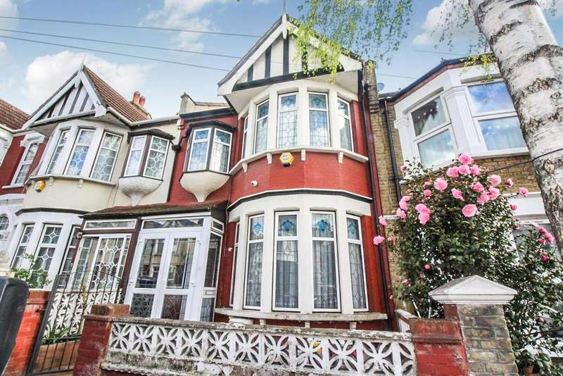 4 Bedrooms Terraced House for sale in Colchester Road, London