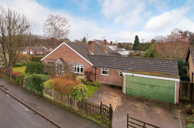 3 Bedrooms Semi Detached House for sale in Ashford Drive, Kingswood, ME17