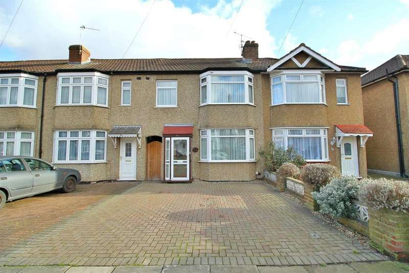 3 Bedrooms House for sale in Connaught Avenue, Enfield