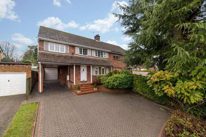 4 Bedrooms Semi Detached House for sale in Covert Road, Northchurch, Berkhamsted HP4