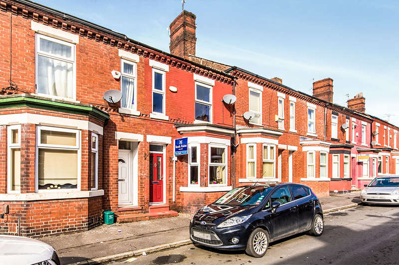 3 Bedrooms Terraced House for sale in Grange Street, Salford, M6