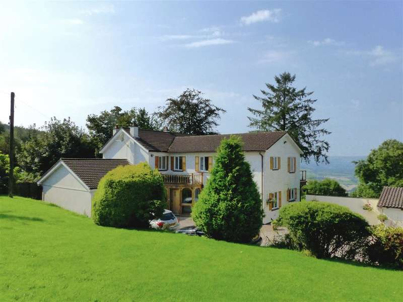 5 Bedrooms Detached House for sale in Laburnum, Pen Y Caer Mawr, Llantrisant, Usk