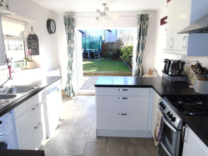 4 Bedrooms Terraced House for sale in Kent Street, Cardiff