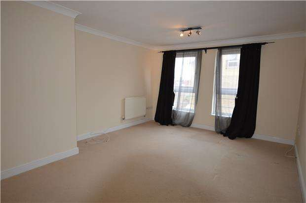 2 Bedrooms Flat for rent in Chatham House, Melbourne Road, Wallington, Surrey