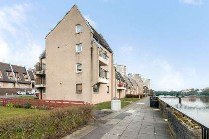 1 Bedroom Flat for sale in Strathayr Place, Ayr