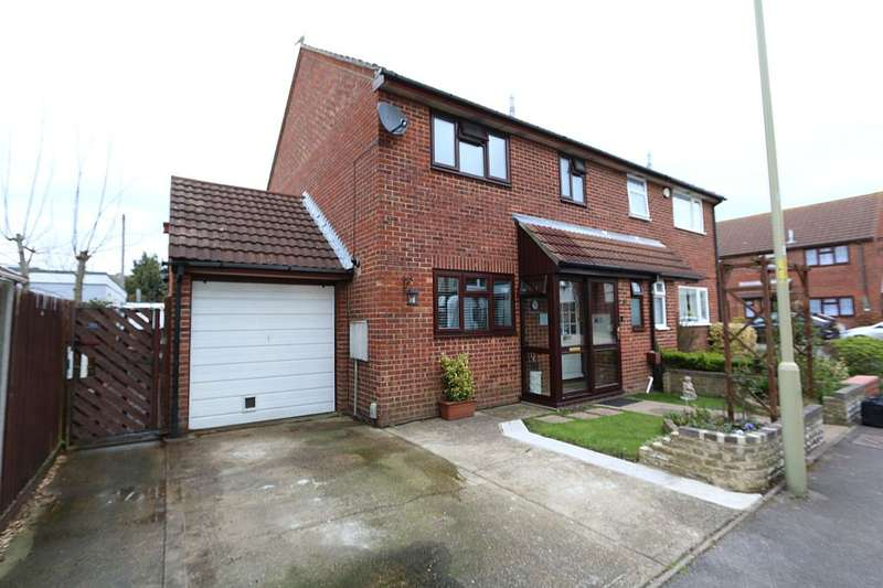 3 Bedrooms Semi Detached House for sale in Eastbrook Close, Gosport, Hampshire, PO12 3BP