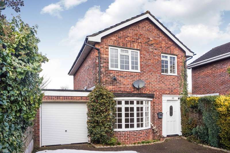 3 Bedrooms Semi Detached House for sale in Croesonen Parc, Abergavenny, NP7