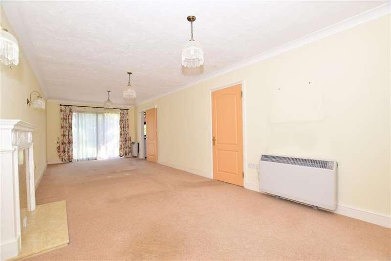 2 Bedrooms Terraced House for sale in Thornton Meadow, Wisborough Green, Billingshurst, West Sussex