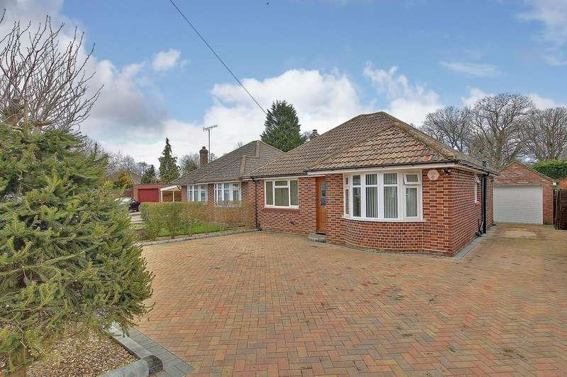3 Bedrooms Bungalow for sale in NORTH BADDESLEY