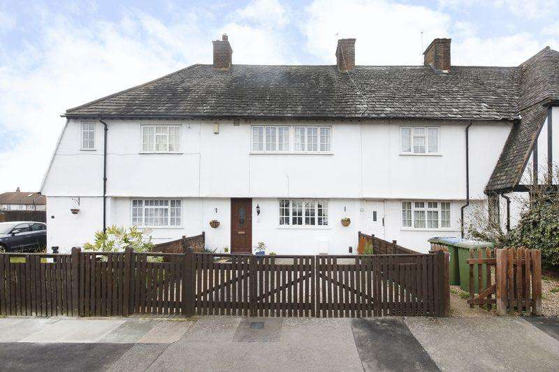 3 Bedrooms Terraced House for sale in Whinyates Road, Eltham SE9