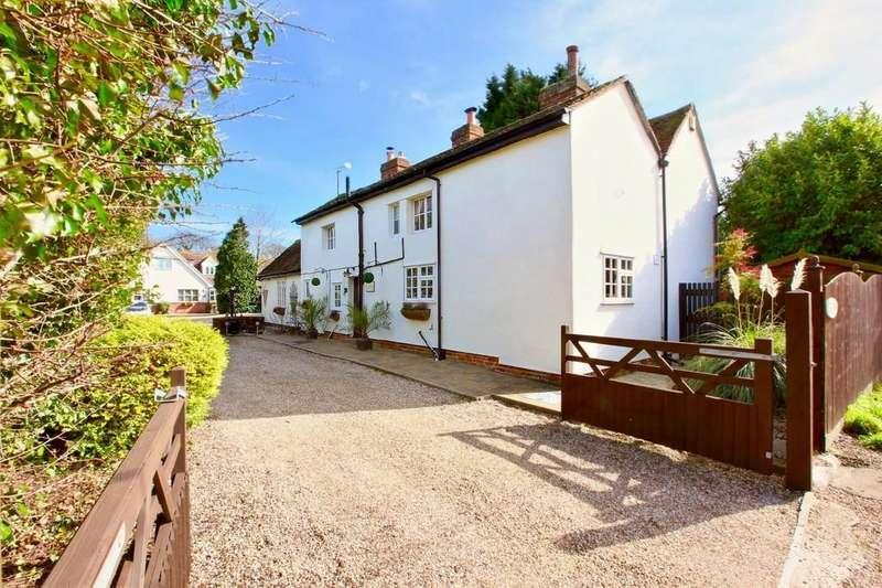 4 Bedrooms Detached House for sale in Oak Road, Halstead, CO9 1LX