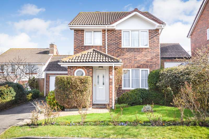 3 Bedrooms House for sale in Hambleton Close, Eastbourne, BN23