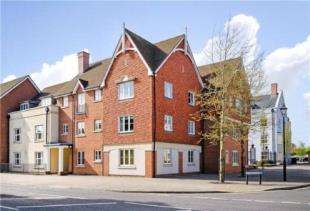 2 Bedrooms Flat for sale in St. Agnes Place, Chichester, West Sussex