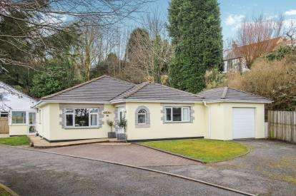 3 Bedrooms Bungalow for sale in Stenalees, St. Austell, Cornwall