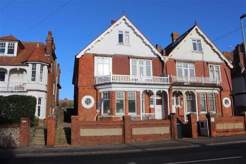 2 Bedrooms Flat for sale in Sutton Park Road, Seaford
